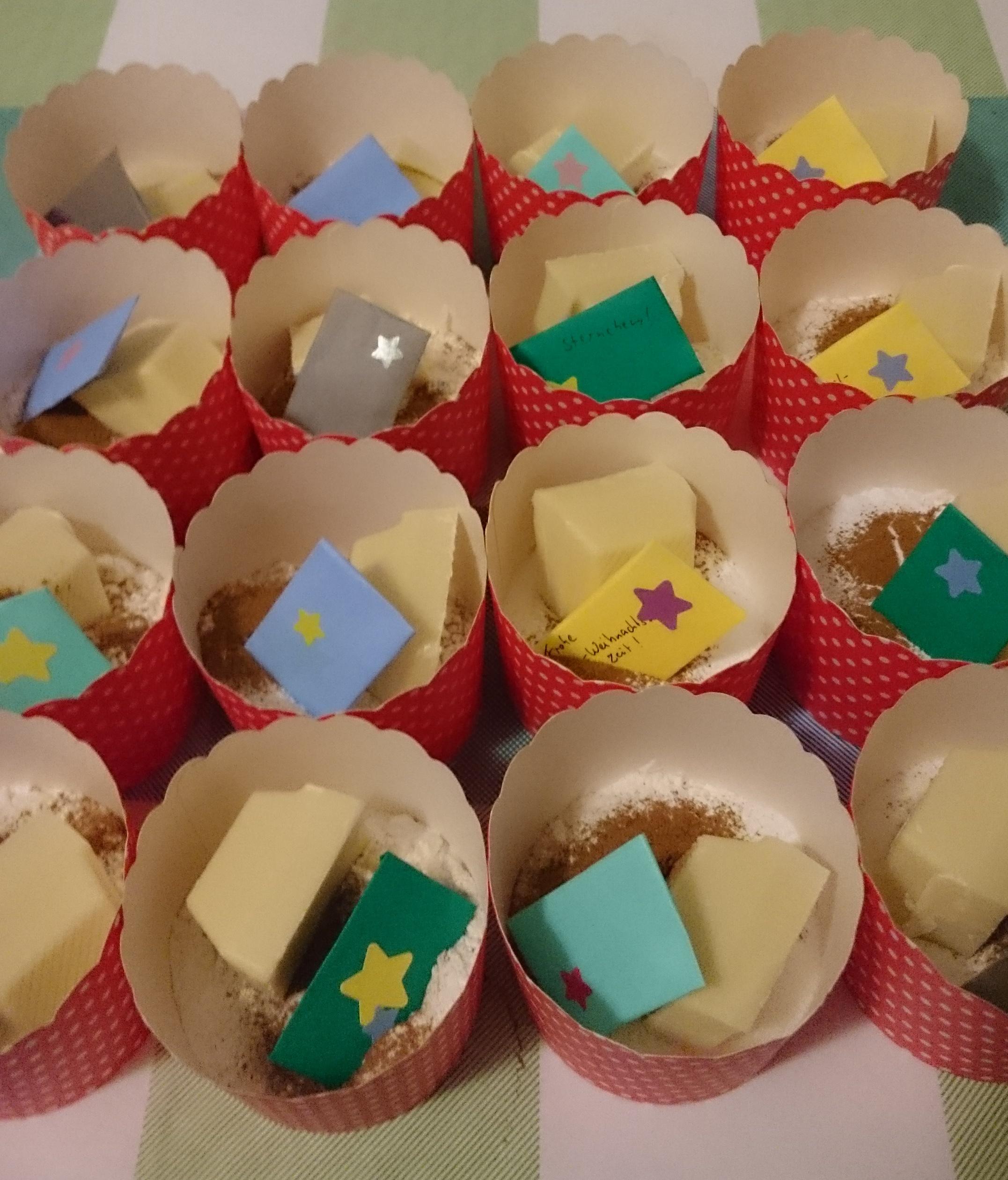 Mug Cakes warten auf's verpacken